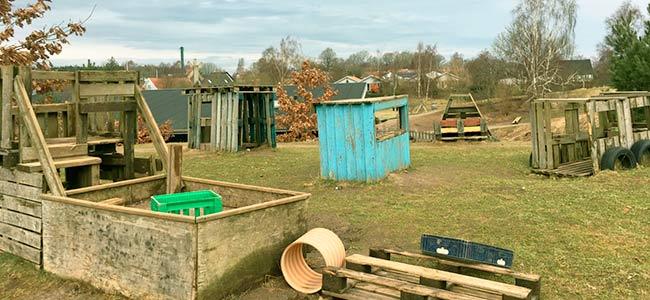 Legehuse af palletræ
